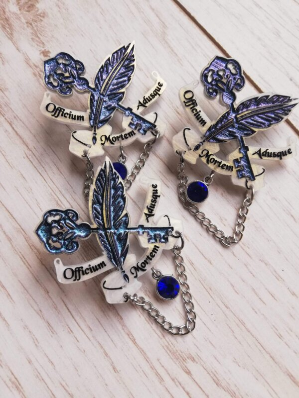 sorcery of thorns pin badge