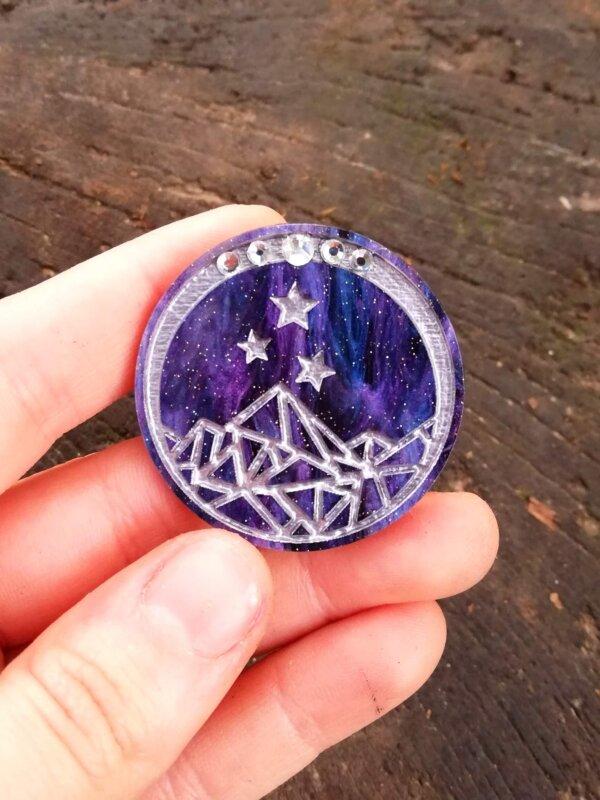 night court symbol pin