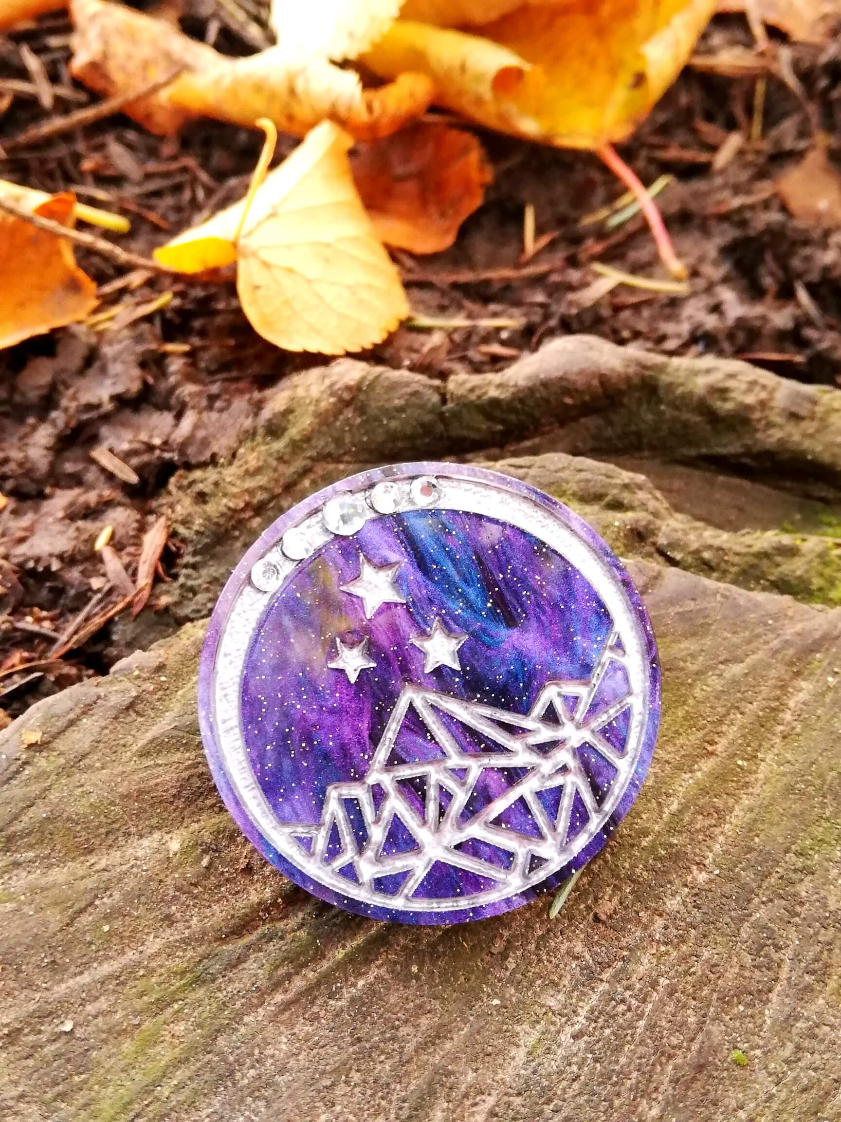 a court of thorns and roses night court pin