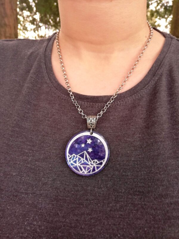 Dont let the hard days win- ACOTAR necklace
