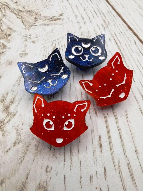 Constellation cat and fox mini pin