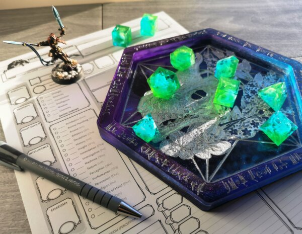 dragon skull dice tray